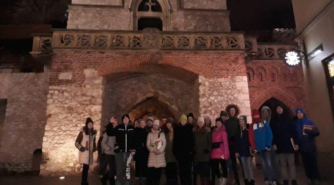 Grupa młodzieży ze Lwowa poznawała Kraków