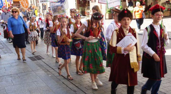 VII Parada szkolnych patronów w krakowie
